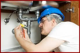 Problème de plomberie dans la région parisienne : quand faire appel à un plombier ?