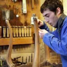 Réparer une chaise en bois cassée